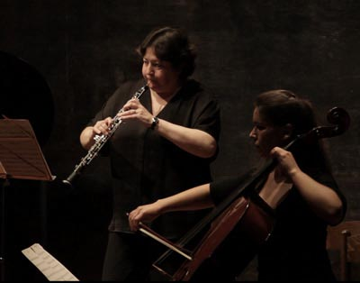 Carmen and Susana - Aura Noctis playing. Live in Espacio Ronda, Madrid, Spain, 2015 April